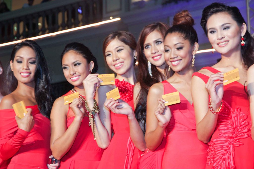 All candidates received a Resorts World Manila entertainment card with P10,000 load which they can use for shopping, REPUBLIQ and all establishments at the premiere leisure center in the city. Photo was taken during Miss Resort's World Final Runway competition at the New Port Performing Arts Theater Resort's World Manila last Nov 23, 2012. Photo by Jude Bautista