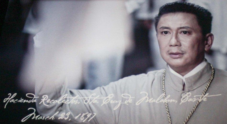 Jeorge E.R. Estregan as El Presidente Emilio Aguinaldo. Photo is from MMFF award winning film EL PRESIDENTE.