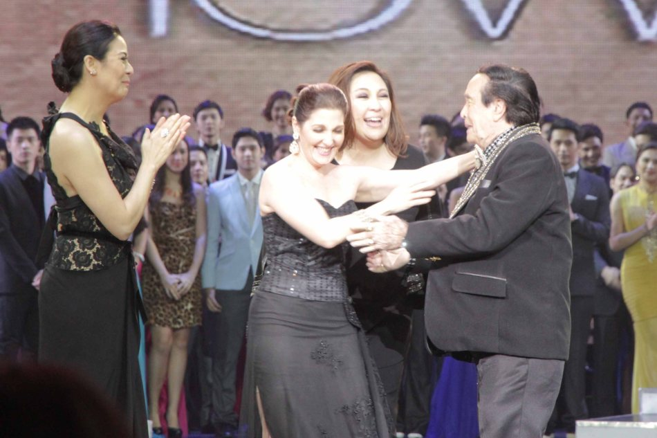 from left: Dawn Zulueta, Jackie Lou Blanco, Sharon Cuneta nearly tackle Kuya Germs at the Newport Performing Arts Theater in Resort's World Manila last April 24, 2013. Photo by Jude Bautista.