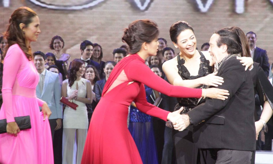 from left: Maricel Laxa, Lani Mercado and Dawn Zulueta love Kuya Germs at the Newport Performing Arts Theater in Resort's World Manila last April 24, 2013. Photo by Jude Bautista.