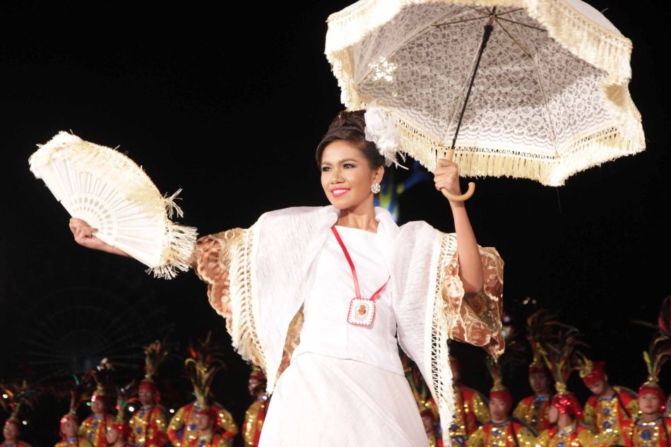 #11 Fe Mavella Cadungong Tano of Dumaguete City (Sandurot Festival). Catch the ALIWAN Fiesta from April 11-13, 2013 at the CCP Complex. Photo by Jude Bautista.