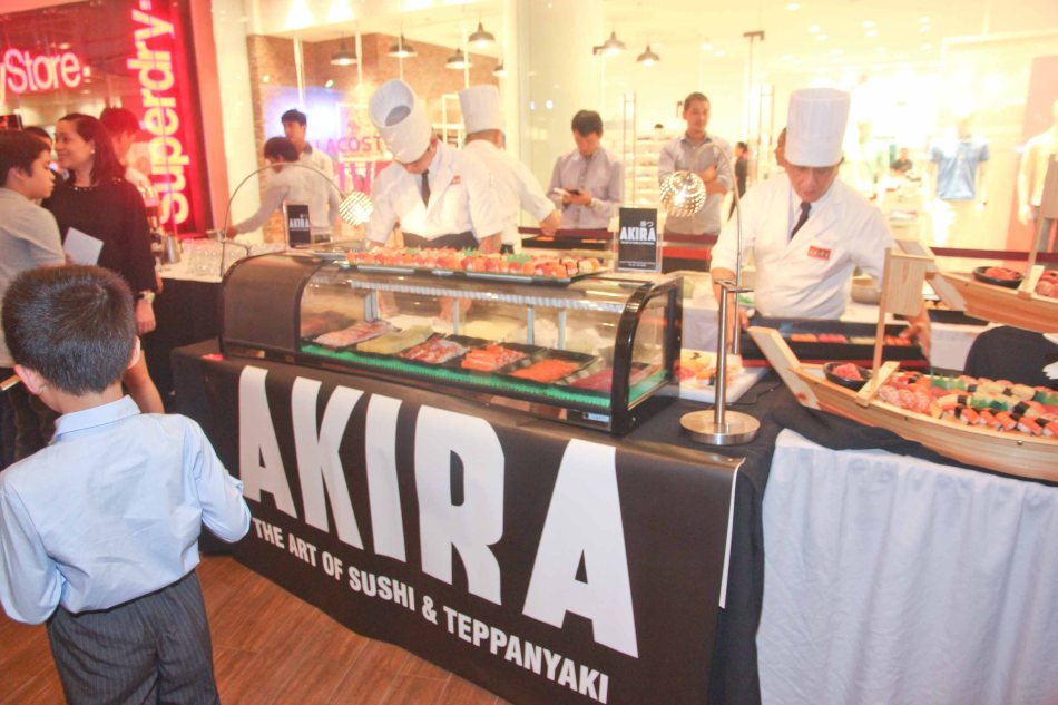 AKIRA-Shang East wing and SUMOSAM provided authentic & sumptuous sushi during The Eiga Sai Opening. The Eiga Sai Japanese Film Festival will screen films for free run from July 4 to 13, 2014 at the Shang Cineplex, Shang Rila Plaza Mall. Photo by Jude Bautista